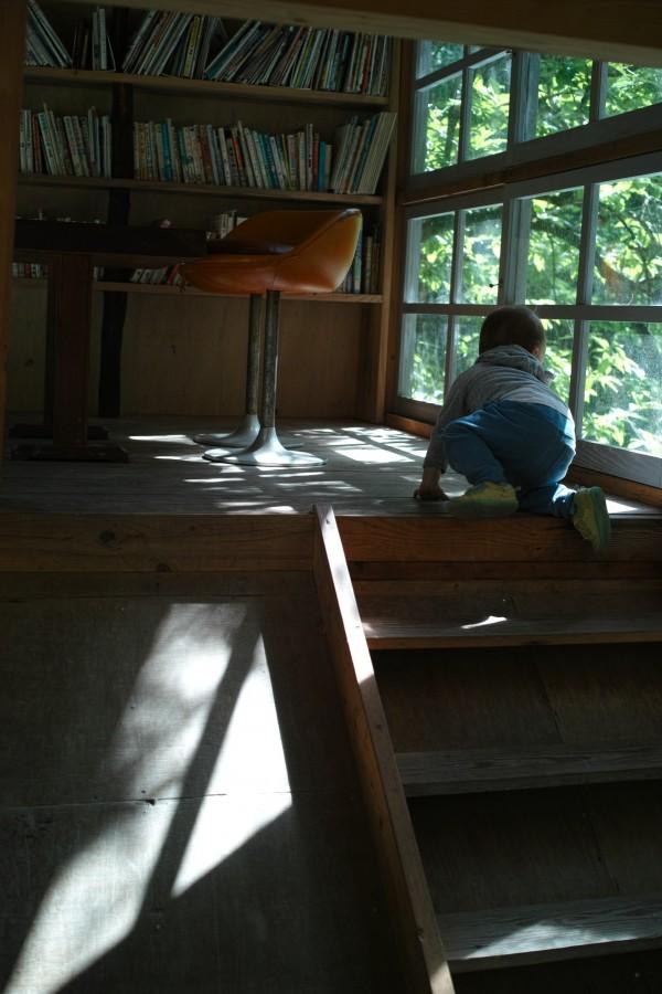 川の図書館